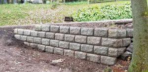 emerson retaining wall 8 300x146 - emerson-retaining-wall-8